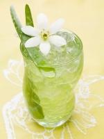 Hướng dẫn cách làm nước nha đam (lô hội) ngon mát ngày hè mà không bị đắng