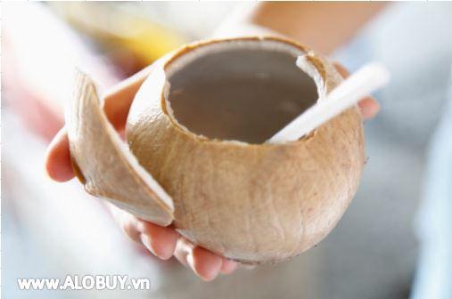 Những công dụng tuyệt vời của việc uống nước dừa khi đói trong vòng 7 ngày-7