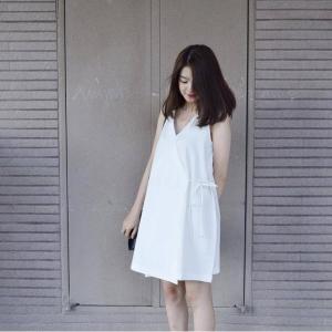 Đầm Cổ V Cột Dây Chéo Eo Leta Belita LD033