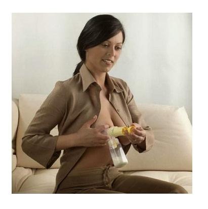Dụng cụ hút sữa bằng tay Medela Manual Breastpump-2