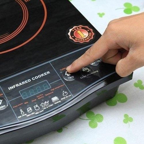 Bếp hồng ngoại Comet CM5516-4