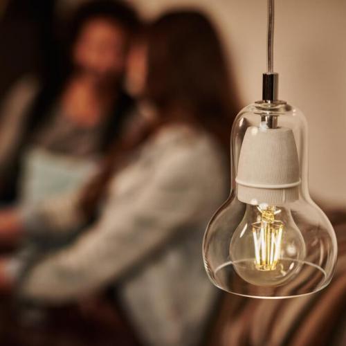 Bóng đèn Philips LED Classic 4W 2700K E27 A60 - Ánh sáng vàng-1