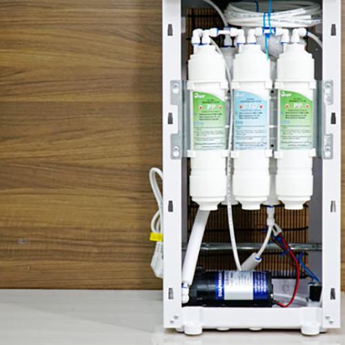Máy lọc nước RO nóng lạnh trực tiếp FujiE WPD5300C-2