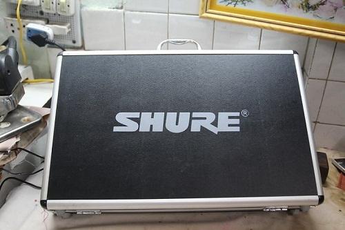 Micro không dây Shure UGX8-5