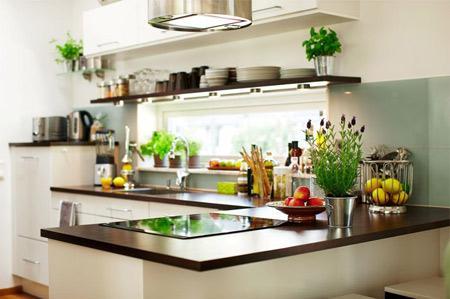 Bếp hồng ngoại và điện từ Taka TK-IR02B2