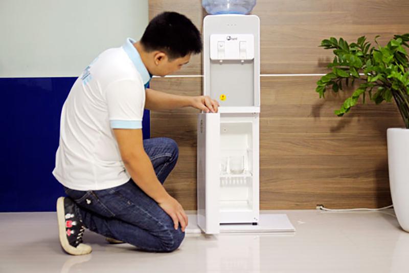 cay-nuoc-nong-lanh-fujie-wd1850e-1-31052019140109-393.jpg