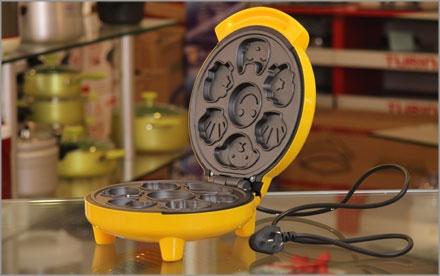 Máy làm bánh hình thú Magin SM-6101