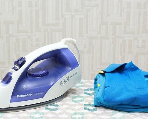 Bàn ủi hơi nước Panasonic NI-E510TDRA-9