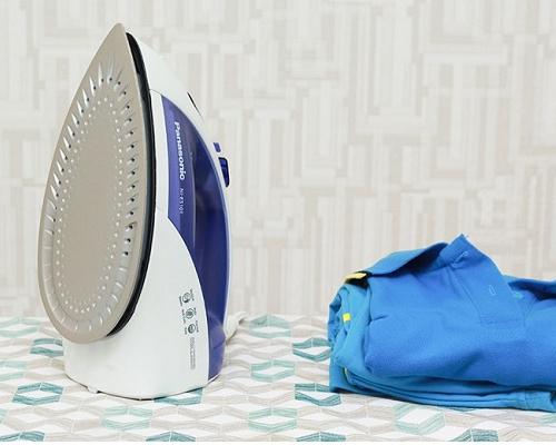 Bàn ủi hơi nước Panasonic NI-E510TDRA-8
