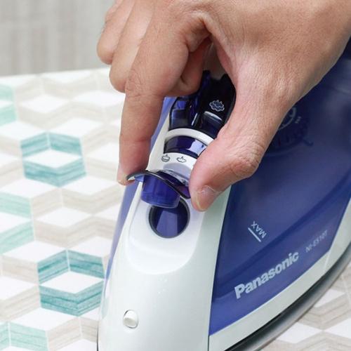 Bàn ủi hơi nước Panasonic NI-E510TDRA-5