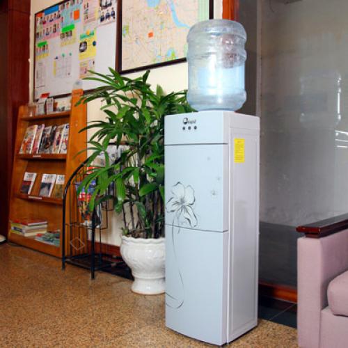 Cây nước nóng lạnh 2 vòi FUJIE WDX5GE-5