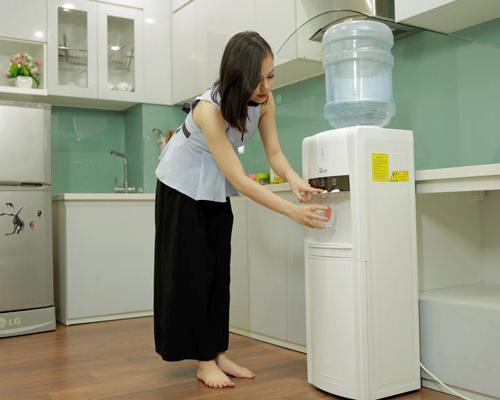 Cây nước nóng lạnh 3 vòi FUJIE WD1800E-3