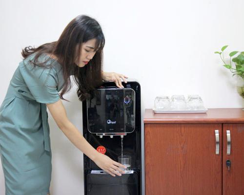Cây nước nóng lạnh 3 vòi FujiE WD5000C-2
