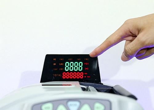 Máy đếm tiền phát hiện tiền siêu giả Silicon MC-9900N-4