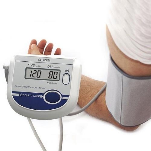 Máy đo huyết áp bắp tay Citizen CH-452 AC-3