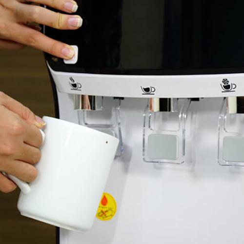 Máy lọc nước RO nóng lạnh trực tiếp FujiE WPD5300C-4